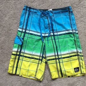 Quicksilver boardshorts 29 waist.